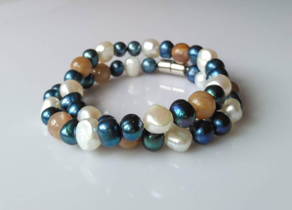 Náramek nebo náhrdelník perly-měsíční kámen