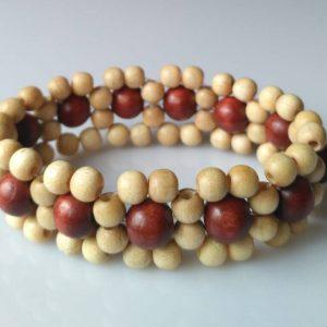 Náramek z dřevěných korálků světlý * Wooden bead bracelet, light