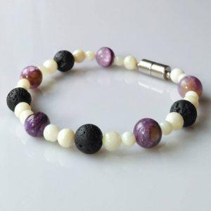 Náramek čaroit-perleť-láva * Bracelet from charoite, nacre, lava