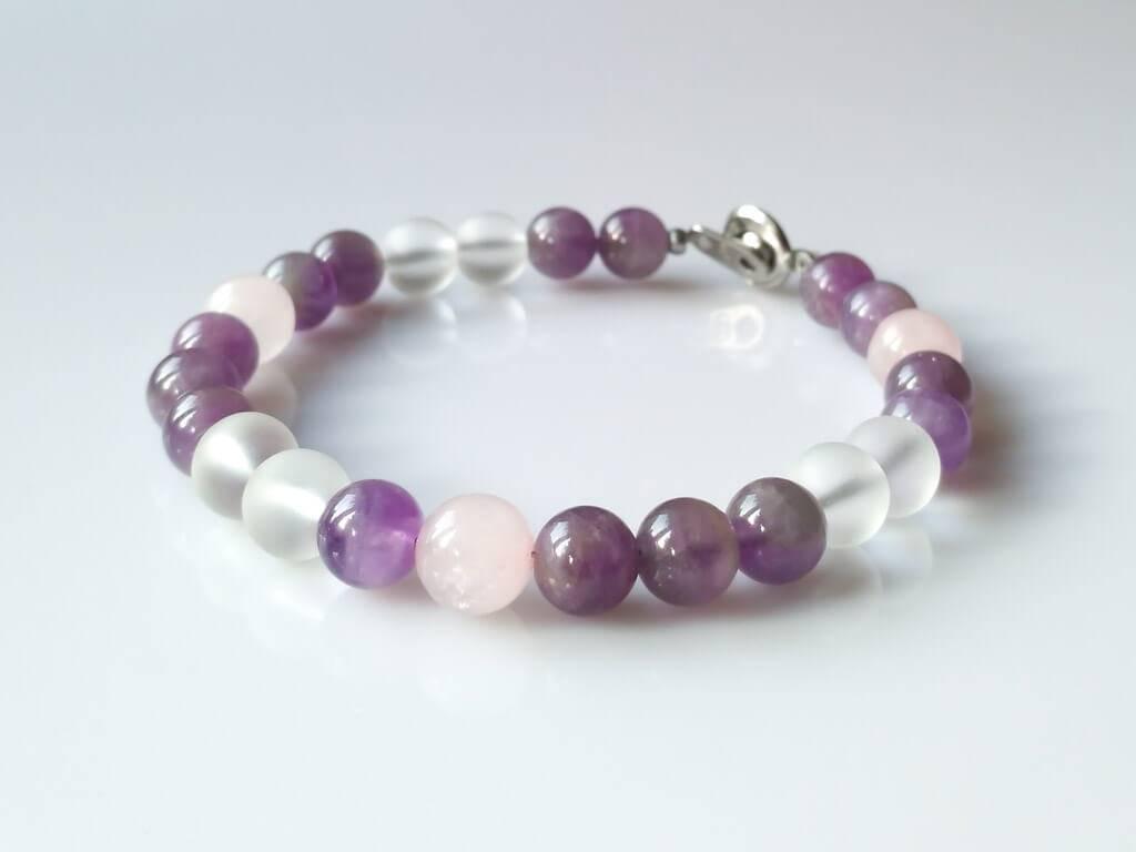 Náramek ametyst-křišťál-růženín * Bracelet from Amethyst, Quartz Crystal and Rose Quartz