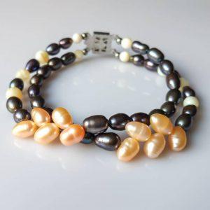Perlový náramek ze sladkovodních perel a perleti * PearlBracelet from freshwater pearls and nacre beads
