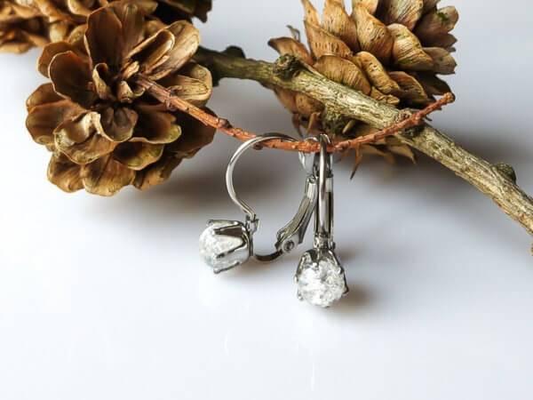 Náušnice křišťál, zapínáni z chirurgické oceli * Quartz Crystal earrings, surgical steel clasp