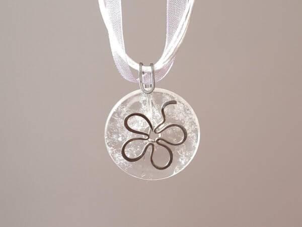 Náhrdelník s křišťálovým přívěskem * Quartz Crystal pendant necklace