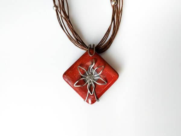 Náhrdelník s přívěskem mookait * Mookaite pendant necklace