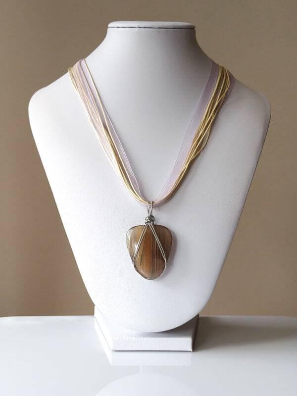 Náhrdelník s přívěskem fluorit * Fluorite pendant necklace