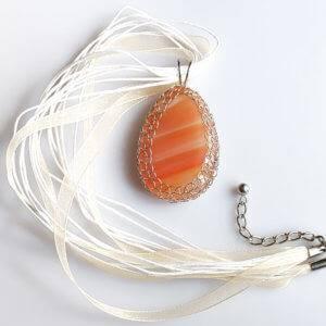 Náhrdelník s přívěskem achát červený * Red Agate pendant necklace