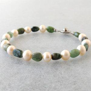 Náramek smaragd-bíleperly * Bracelet from Emerald and White Pearls