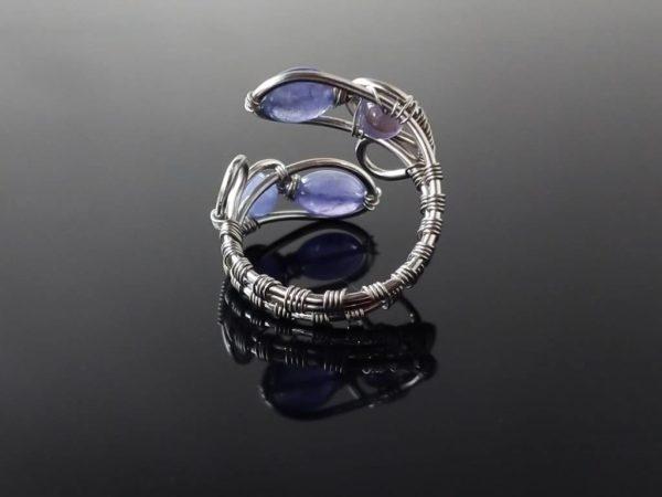 Prsten s tanzanitem, chirurgická ocel * Tanzanite ringfrom surgical steel