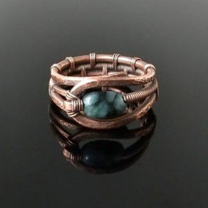 Měděný prsten se smaragdem * Copper ring with Emerald bead