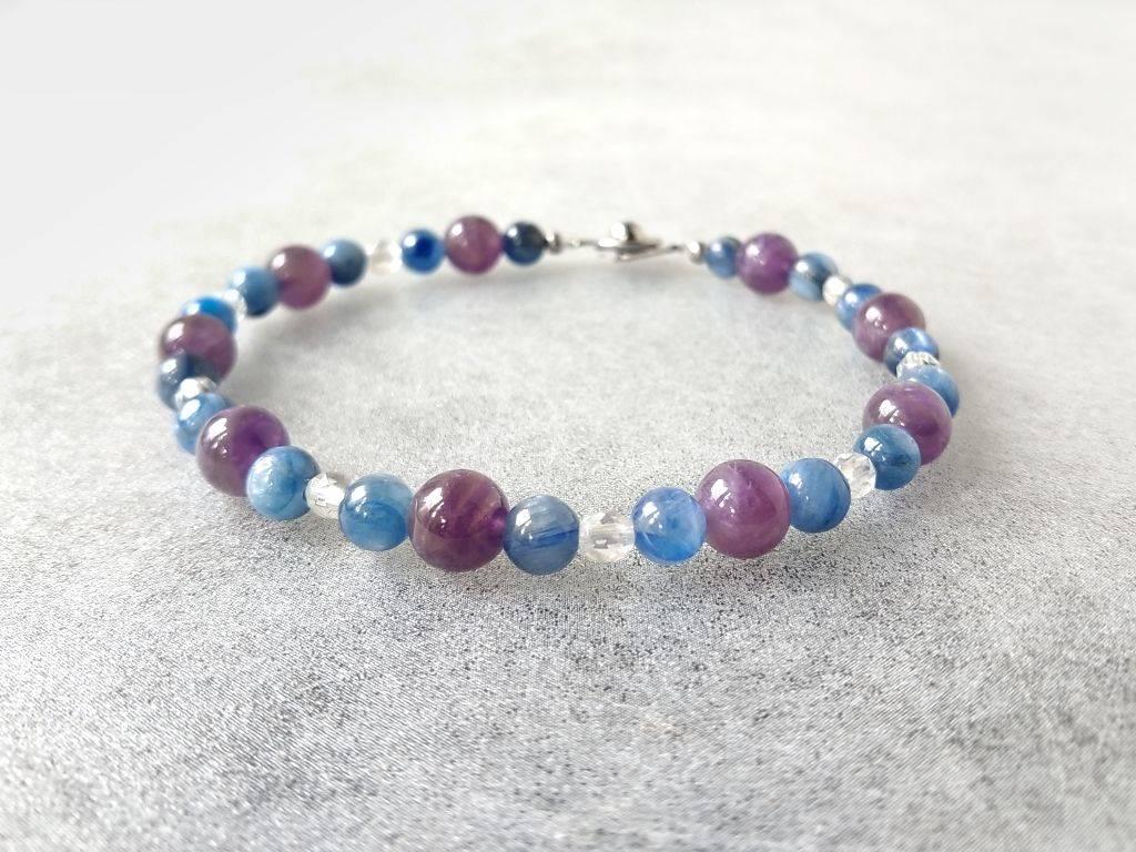 Náramek kyanit-ametyst-křišťál * Bracelet from kyanite, amethyst, crystal